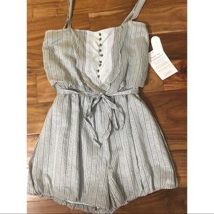 Jessica Simpson Light Blue Pinstripe Romper Sz M